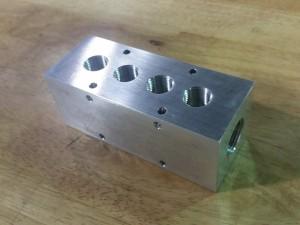 4 Port Aluminum Hydraulic Manifold